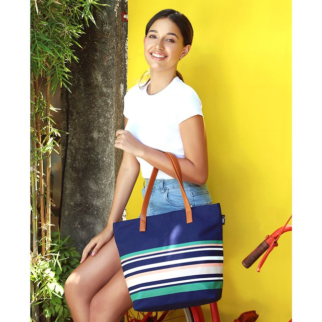 [PROMO] Lynette Stripes Tote Bag (Navy Blue)
